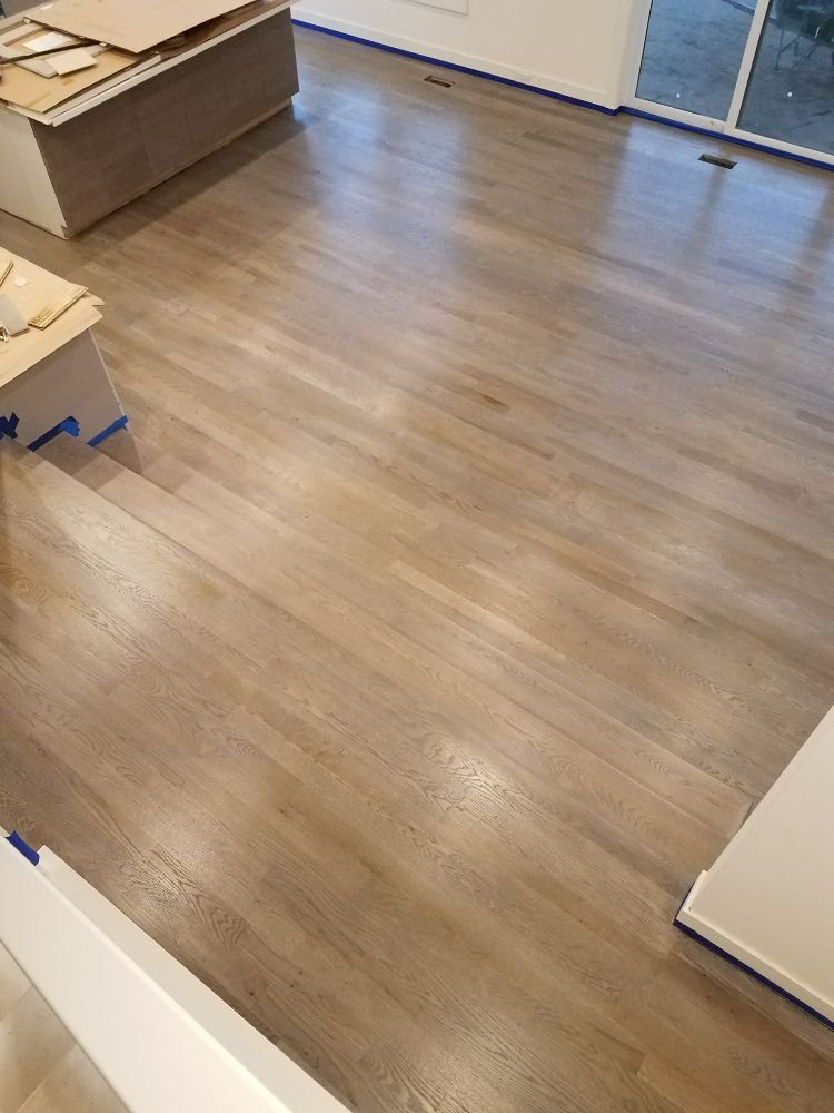 Bild Wood Floor - White Oak with Classic Gray Stain